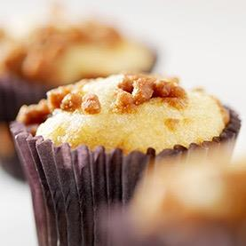 Gluten-Free Caramel-Topped Apple Cinnamon Cupcakes