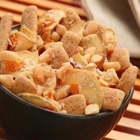 Peach Mango Ginger Snack Mix