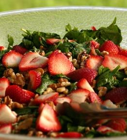 Arugala Salad with Strawberry Dressing